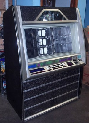 CD Jukebox – Excellent Condition