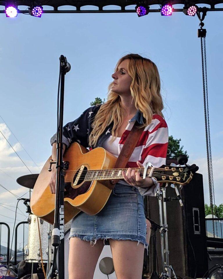 Q&A: Country singer-songwriter Savanna Chestnut