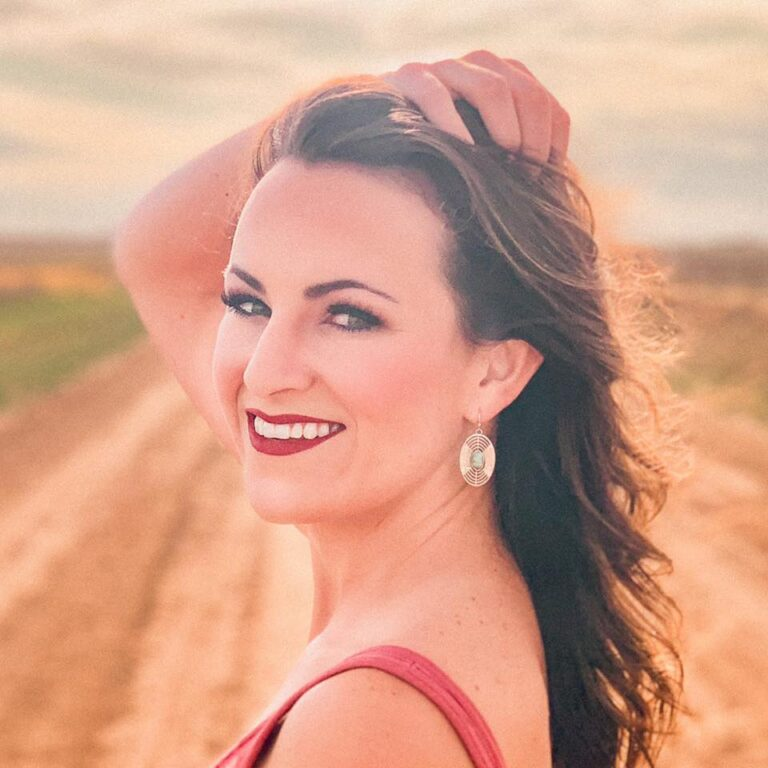 Q&A: Texas country singer Lindsey Lane