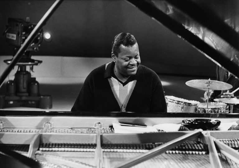Q&A: Director Barry Avrich on 'Oscar Peterson: Black + White'